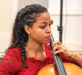 Julia Diaba Cello Maestoso Streichquartett